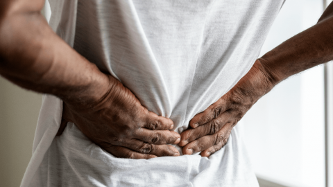 What are the risks of herniated disc surgery?